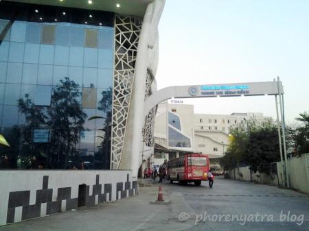 Vadodara Bus Station Outside