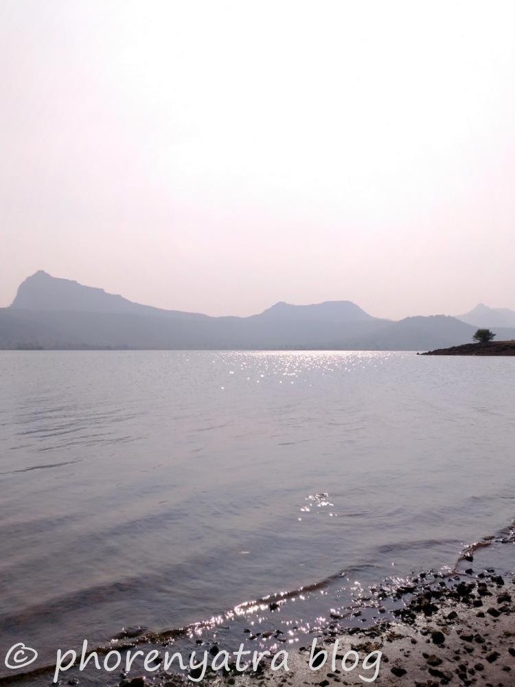 suns shining at pawna lake