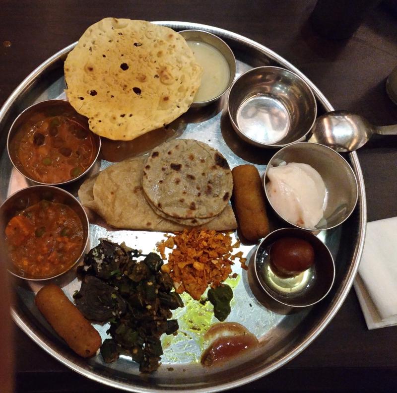 chandralok thali food