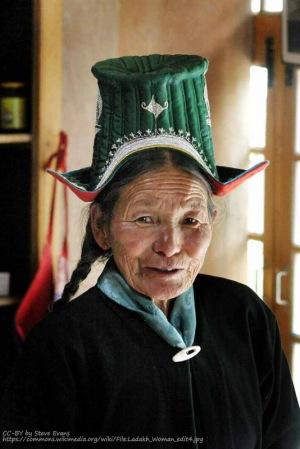 ladakhi clothing traditional