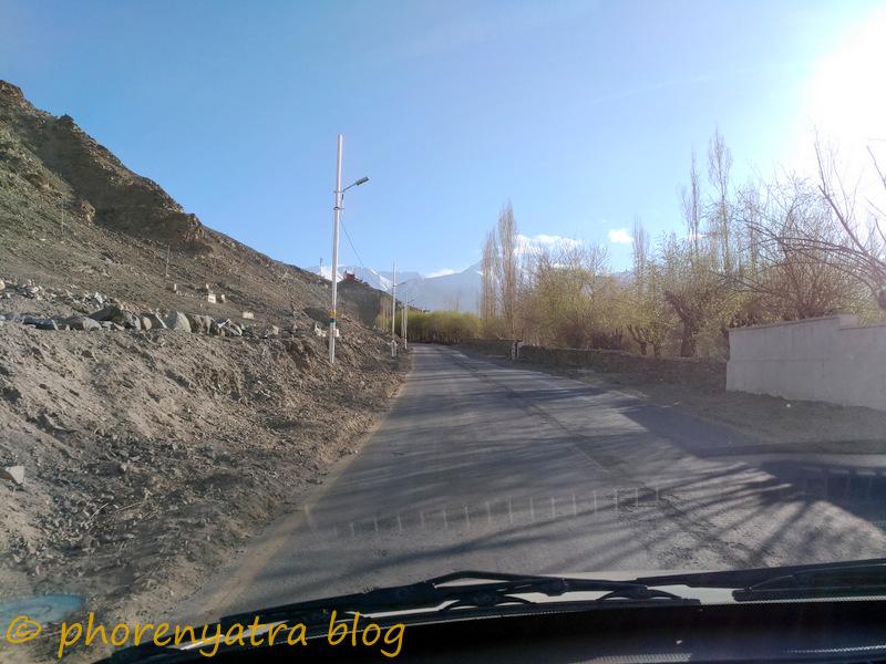 driving in Leh to Tukchu