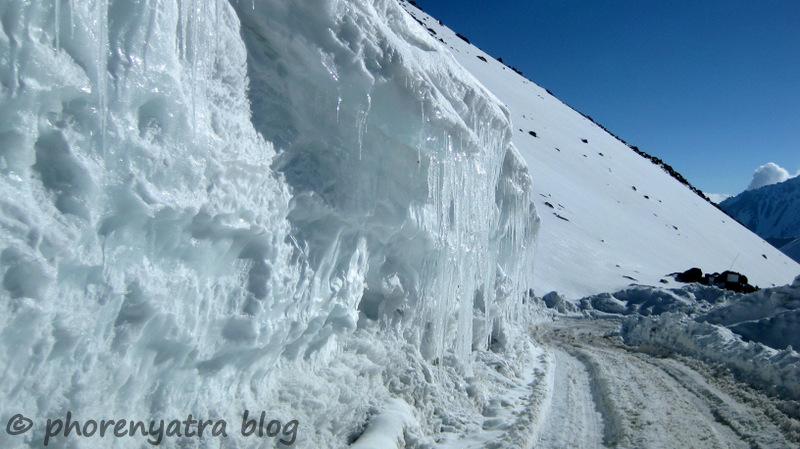 icicles along khardungla pass