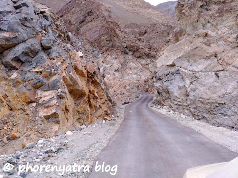 mountain road agham shayok