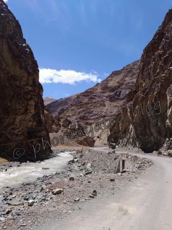 heading towards Lamayuru