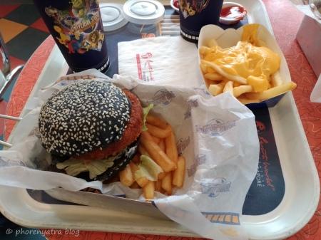 Veggie Burger at Mel's Universal Singapore