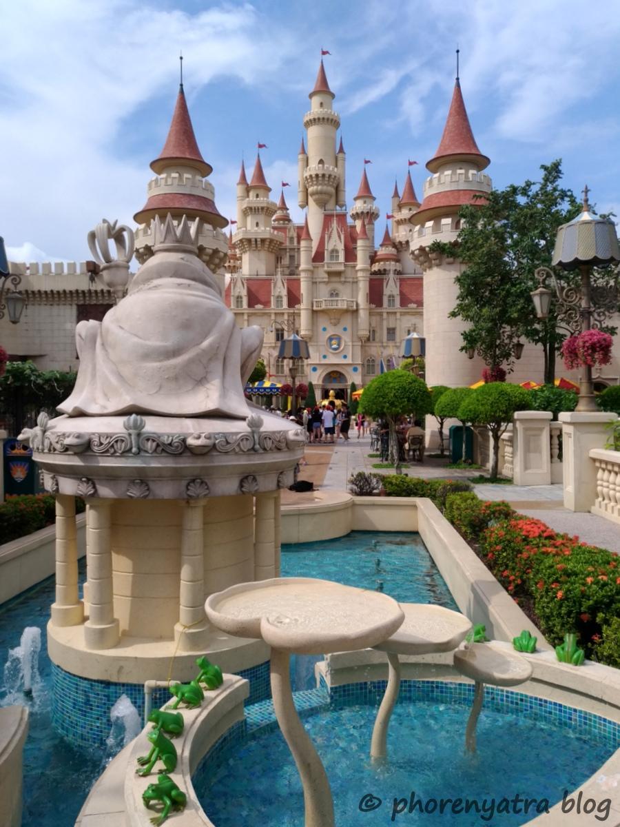 Shrek's Castle Universal Singapore