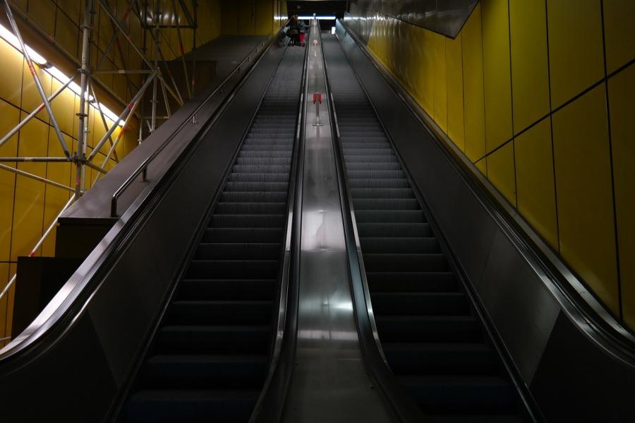long escalators singapore